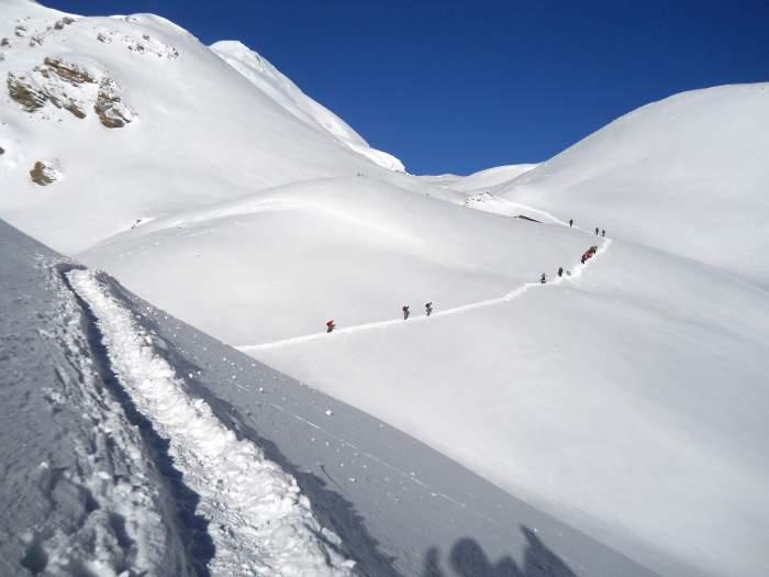 Trekking trail to Thorong Pass