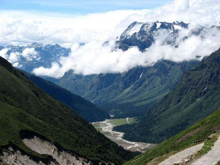 Yumthang Valley Tour – 8 days