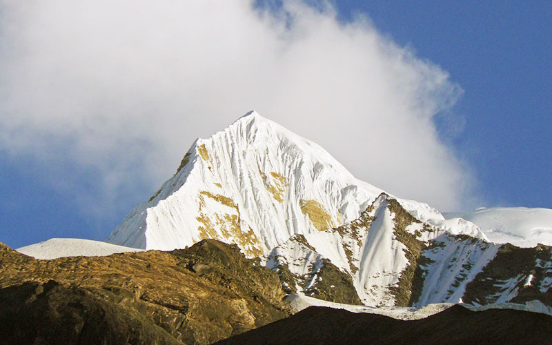 Singu Chuli Climb (6501m) – 17 Days