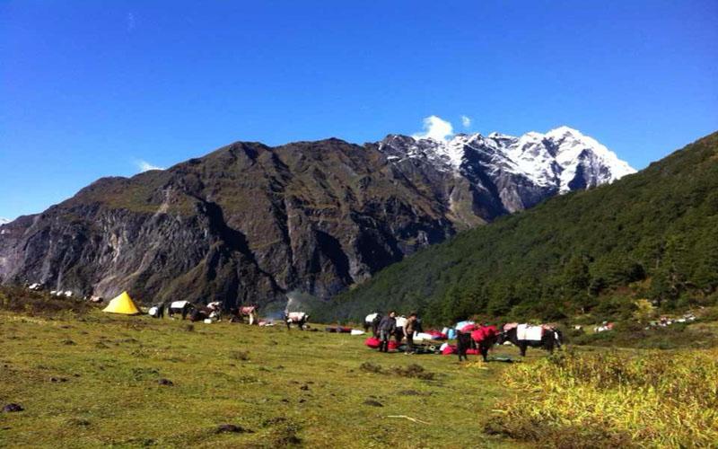 Everest East Face Trek (Khangsung Valley) – 18 Days