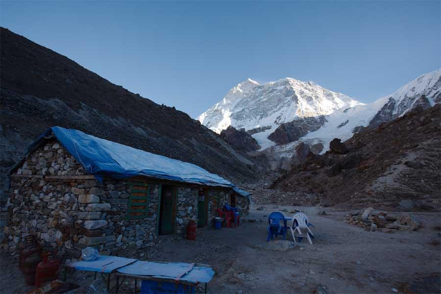 Makalu Base Camp Trek – 22 Days