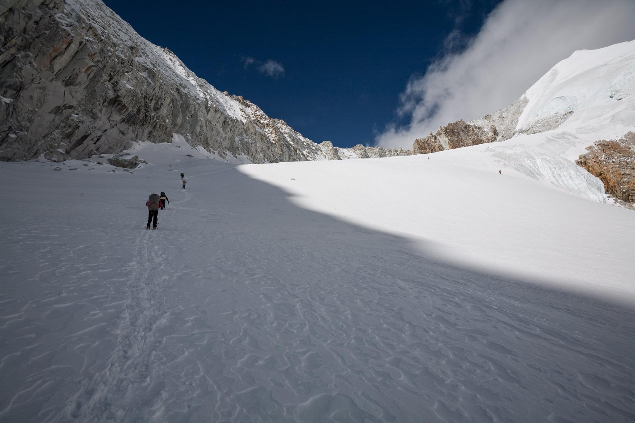 Makalu Base Camp and Sherpani Col Trek – 26 days